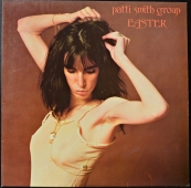 Patti Smith Group - Easter  1C 064-60 561