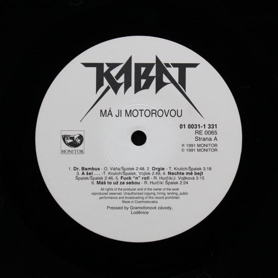 Kabát - Má Ji Motorovou 01 0031-1 331. Debutové album z roku 1991 e62203691a2